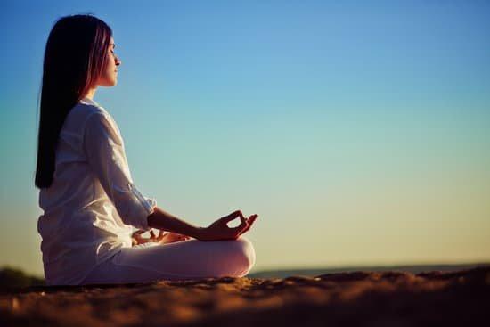 La relajación es el primer paso para la meditación.