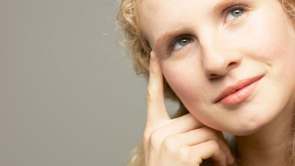 La reflexión antes de hablar y la actitud positiva, son fundamentales para una comunicación eficaz.